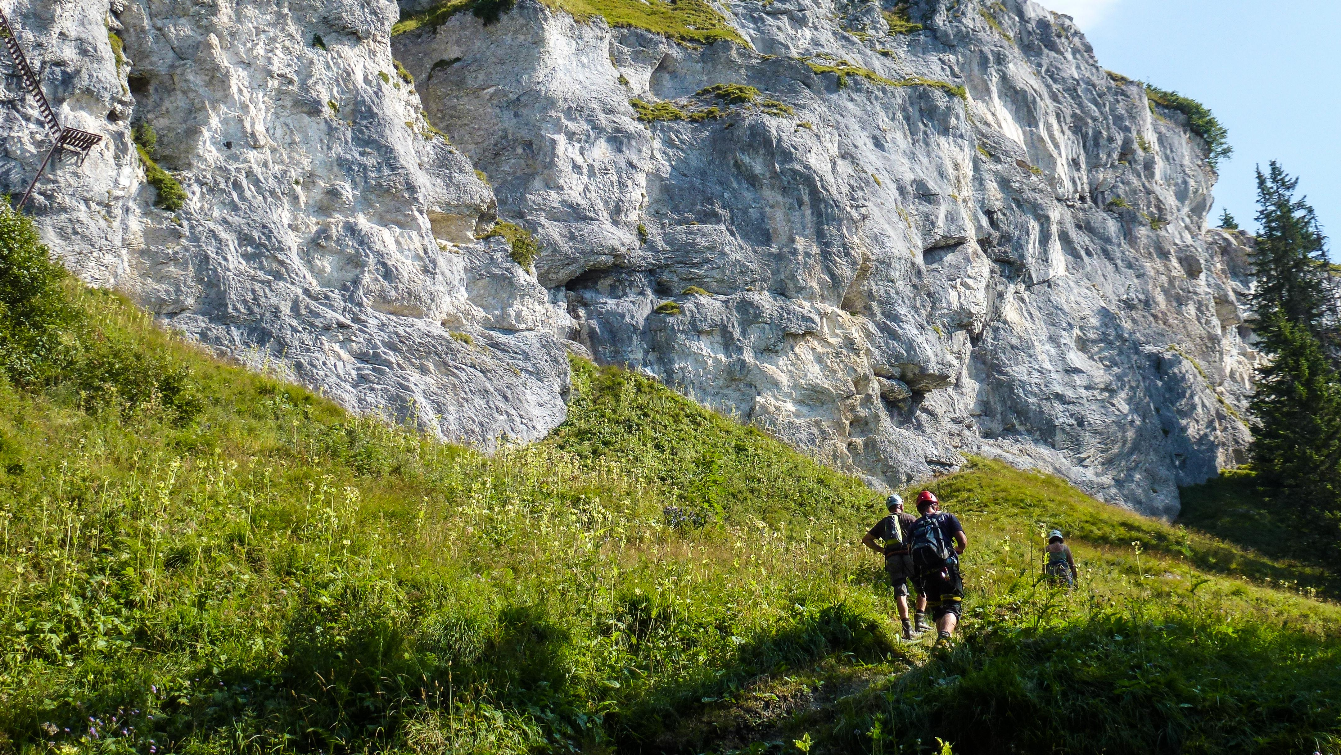 Klettersteig Pinut : Der kletterseig pinut u eine via ferrata hoch über flims bergwelt