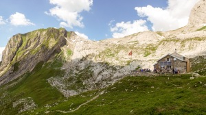 Zwinglipasshütte im Alpstein